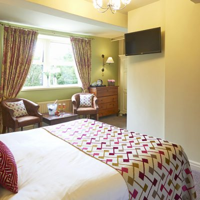 Room-10_Sir_John_Ramsden_1280px_01
